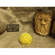 Ball of Wool Beeswax Candle